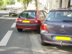 stationnement_piste_cyclable.JPG